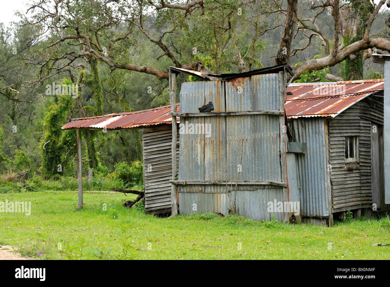 Hierro Corrugado Bush choza en Australia Foto de stock