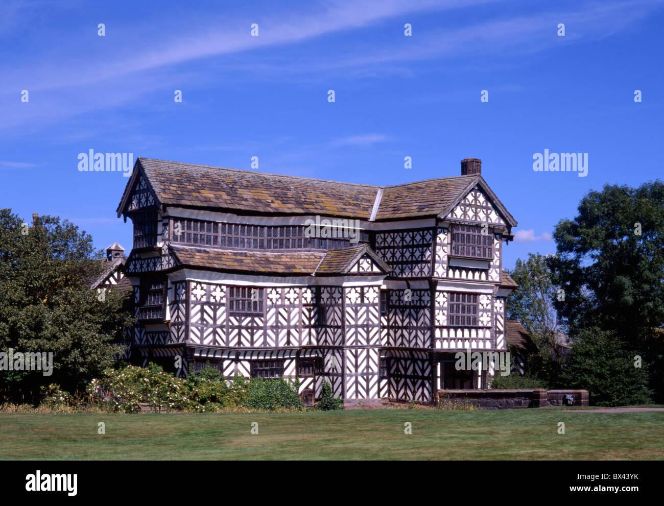 Little Moreton resonante casa marco histórico antiguas paredes entramadas conservación de monumentos hist Imagen De Stock