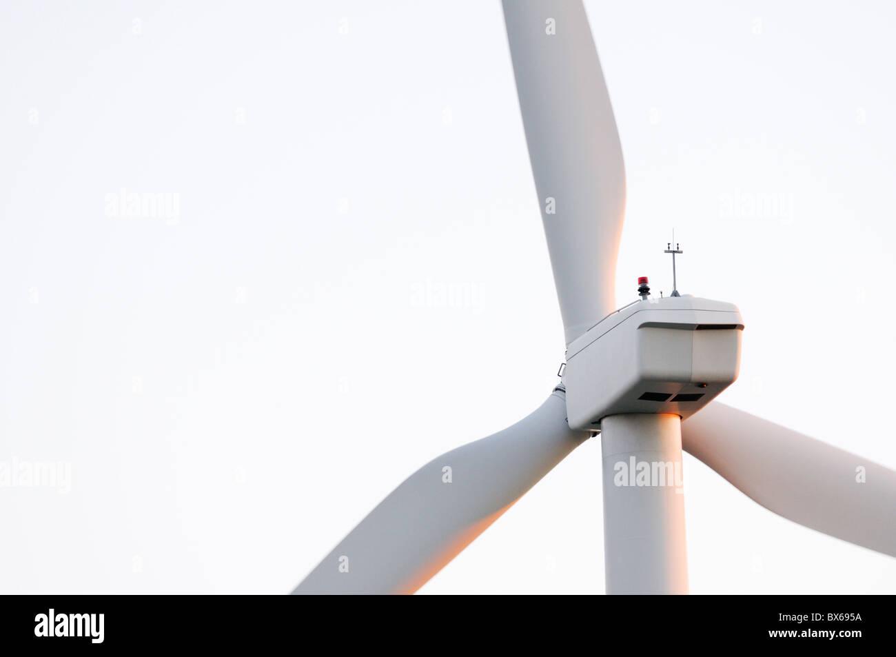 Cerca de aerogeneradores Imagen De Stock
