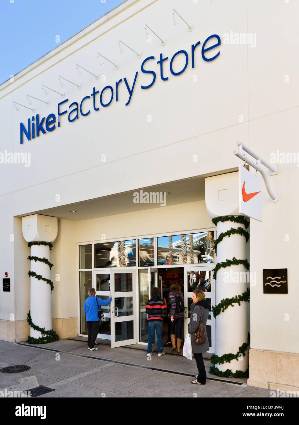 best service 7848b 9b9a2 Nike Factory Store, Orlando Premium Outlets, Lake Buena Vista, Orlando,  Florida, EE.UU.
