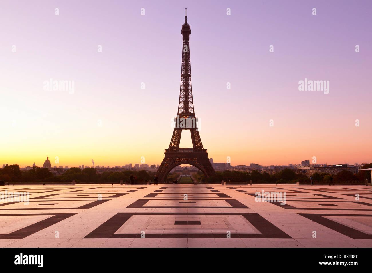 Europa, Francia, París (75), Esplanade du Trocadero y la Torre Eiffel Imagen De Stock