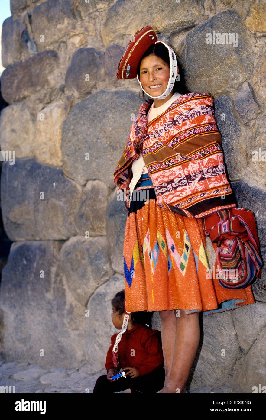 Vestidos de mujeres incas