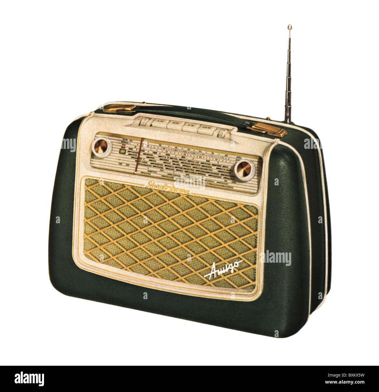 """Emisión, radio, Schaub-Lorenz 57 U """"amigo"""", radio portátil, Alemania, 1956-Clearences Additional Imagen De Stock"""