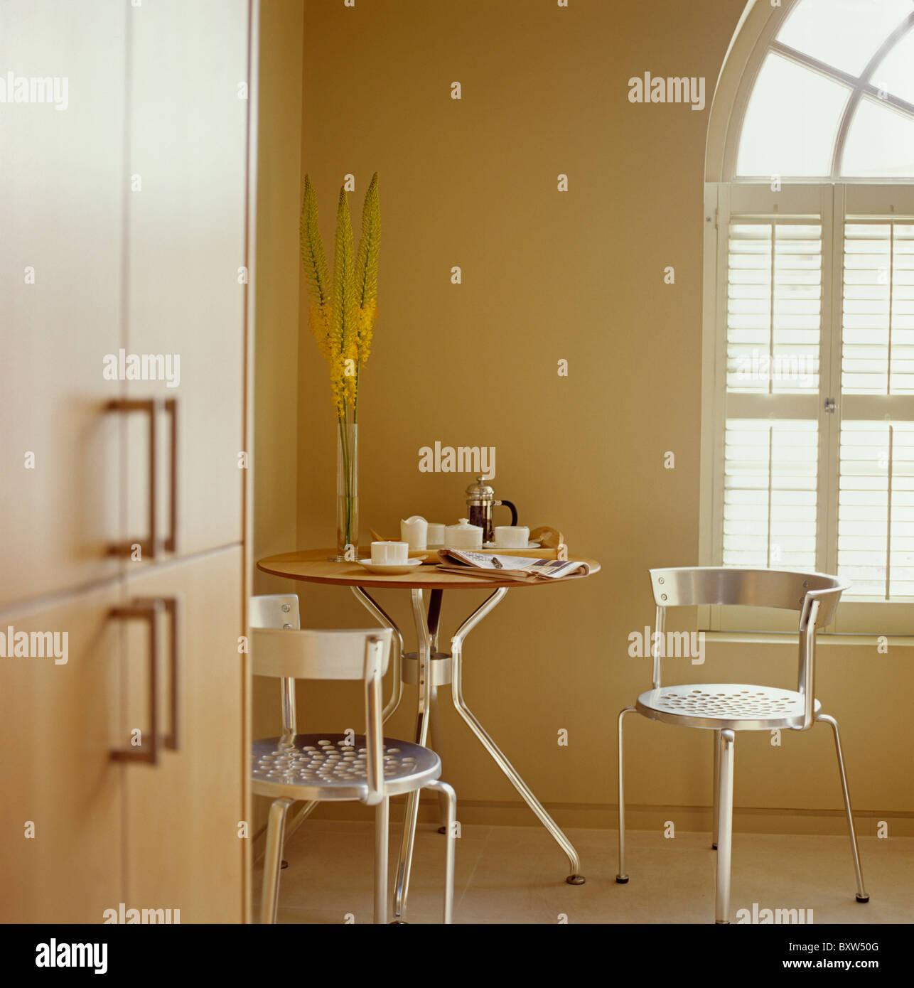 Hermosa Mesa De La Cocina Esquina Bricolaje Embellecimiento - Como ...