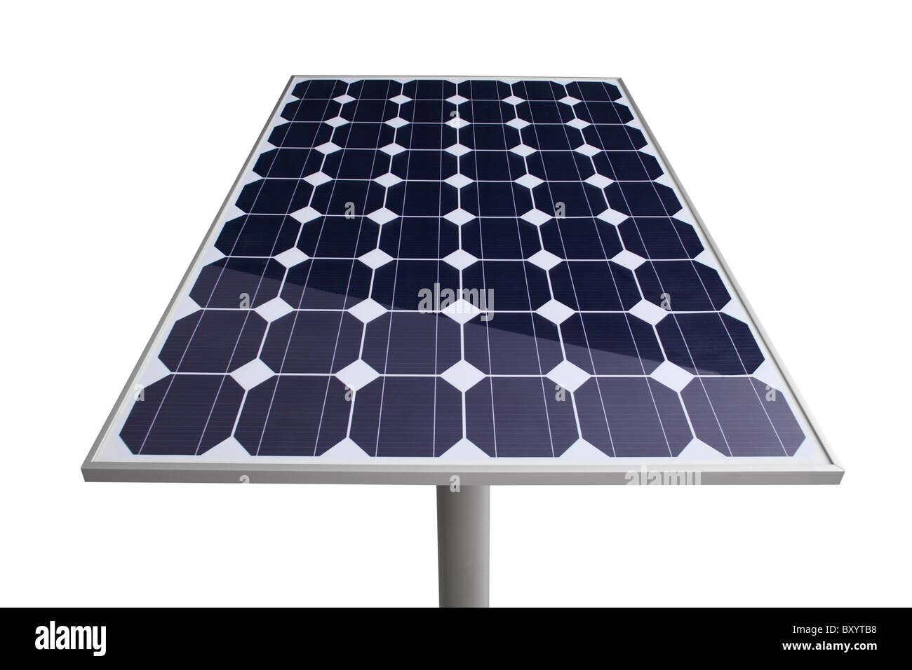 Recorte del panel solar sobre fondo blanco. Imagen De Stock