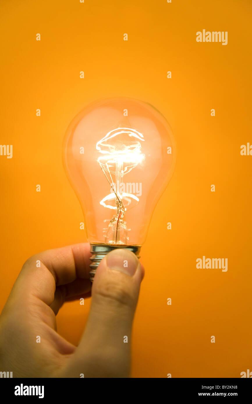 Brillante Bombilla Luz de primer plano Imagen De Stock