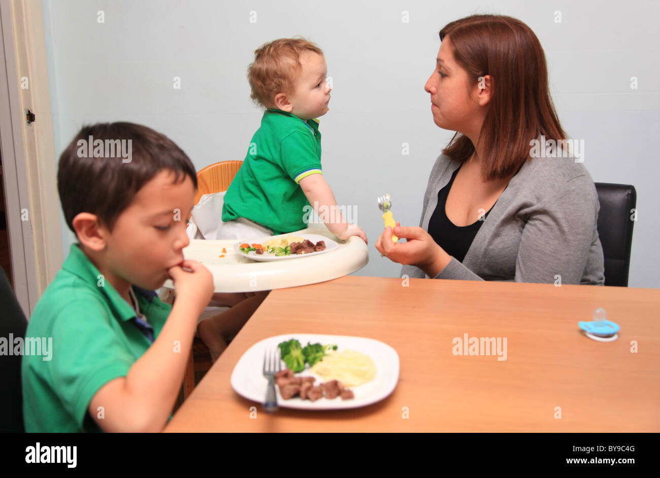 Madres solteras con dos hijos