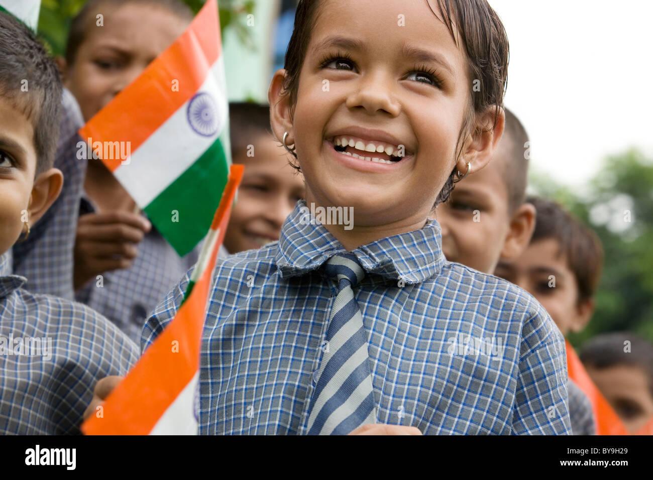 Niña de la escuela celebraba el Día de la Independencia Imagen De Stock