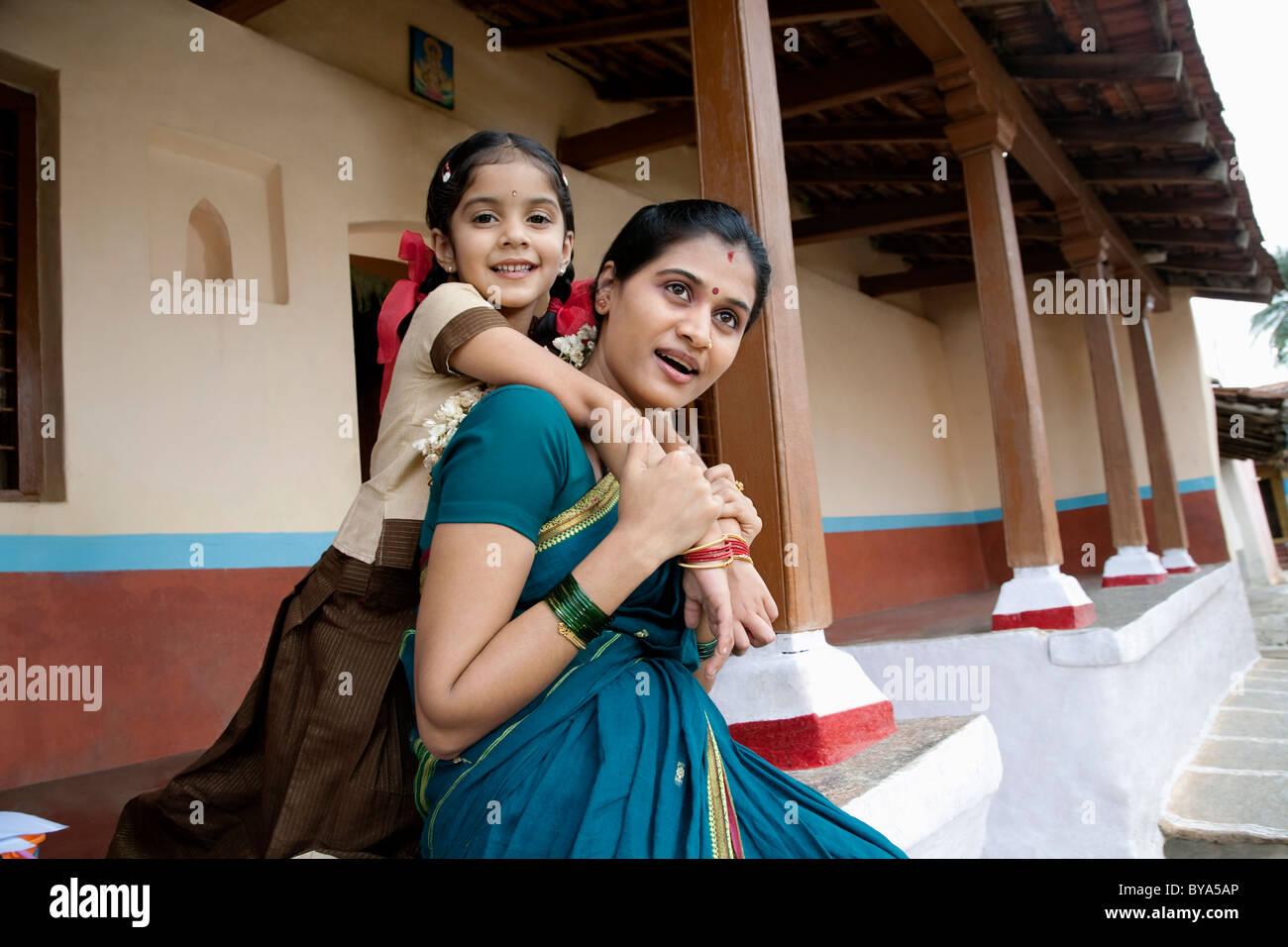 Retrato de una niña y su madre Imagen De Stock