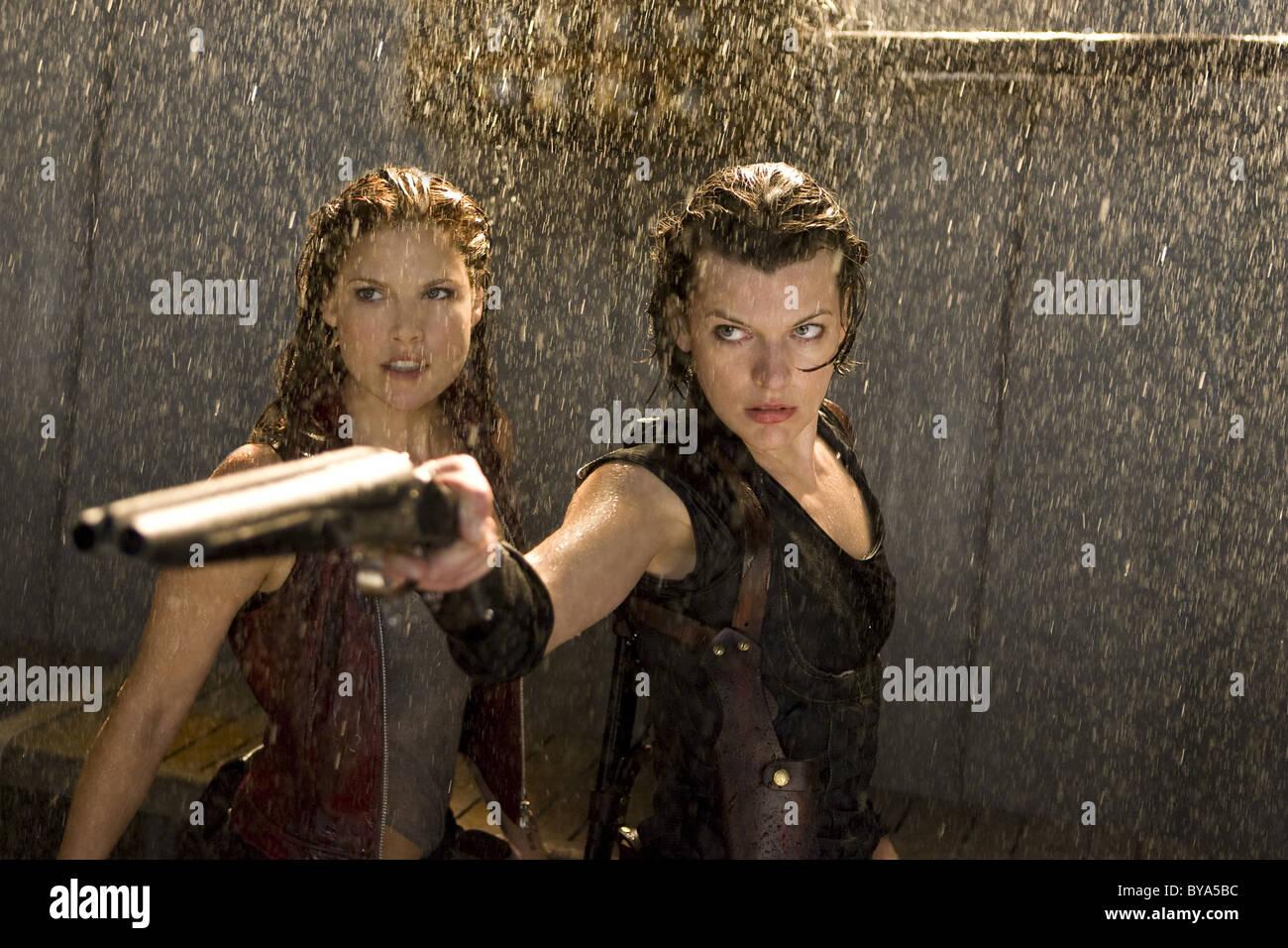 Resident Evil: Afterlife Año : 2010 USA / Director Británico : Paul W.S. Anderson Ali Larter, Milla Jovovich Imagen De Stock