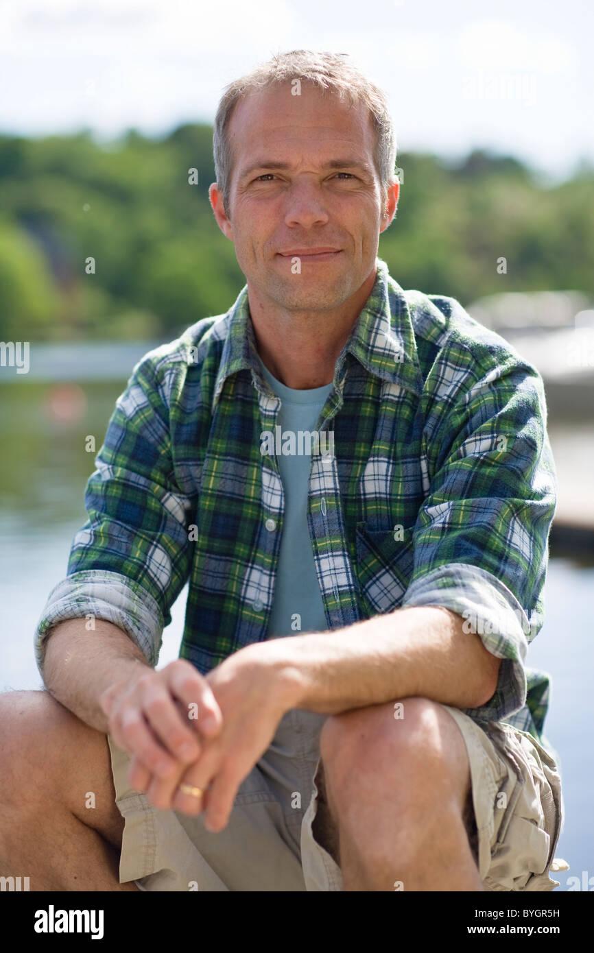 Retrato del hombre maduro sonriente Imagen De Stock