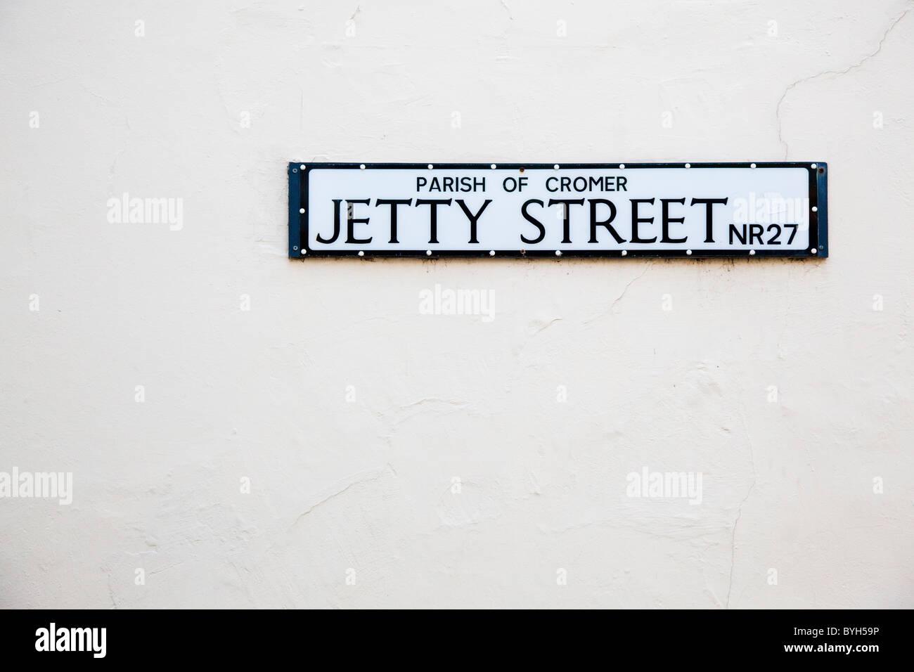 Cartel con el nombre de la calle, Jetty Street, Cromer, Norfolk, UK Foto de stock
