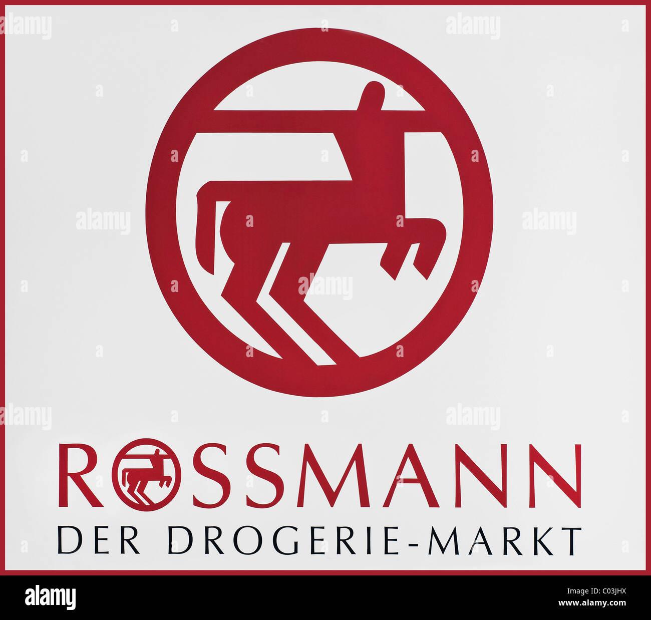 """El logotipo de """"Rossmann Der Drogerie-Markt', un alemán farmacia Foto de stock"""