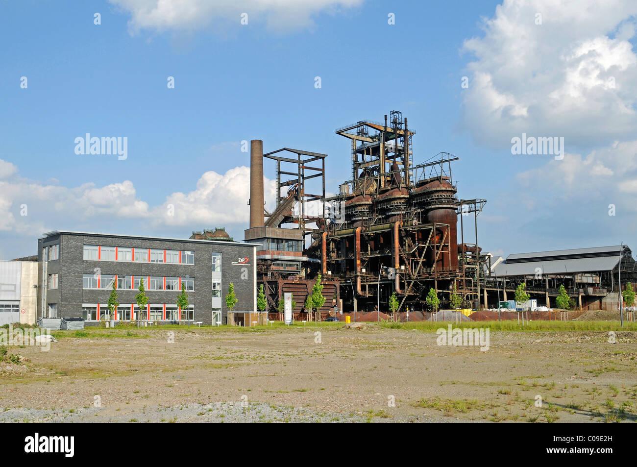 Antiguo alto horno Phoenix compleja, tecnología innovadora y las industrias de servicios, Hoerde, Dortmund, Imagen De Stock