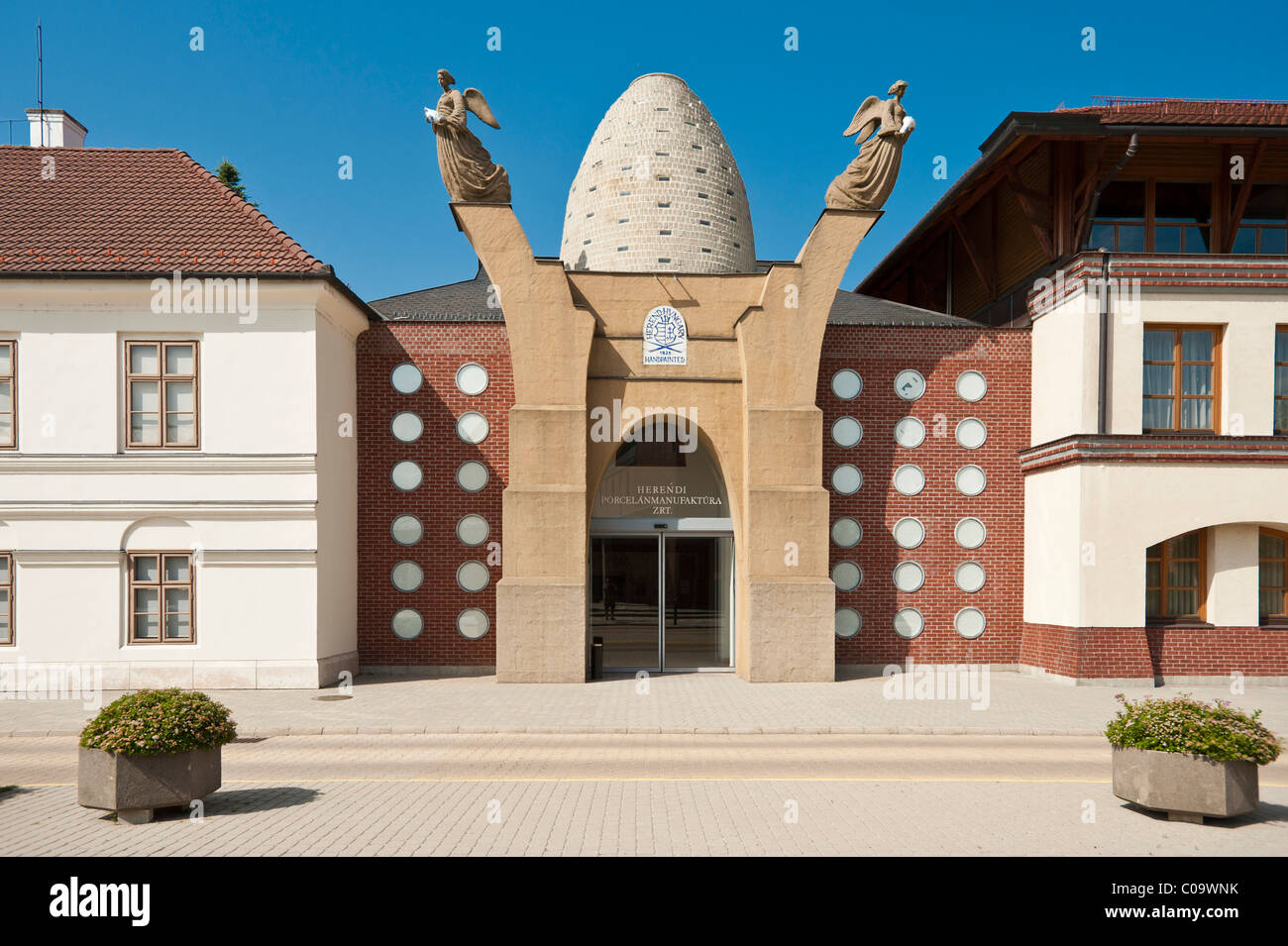 La fabricación de porcelana y el Museo de Porcelana, Herend, Hungría, Europa Imagen De Stock