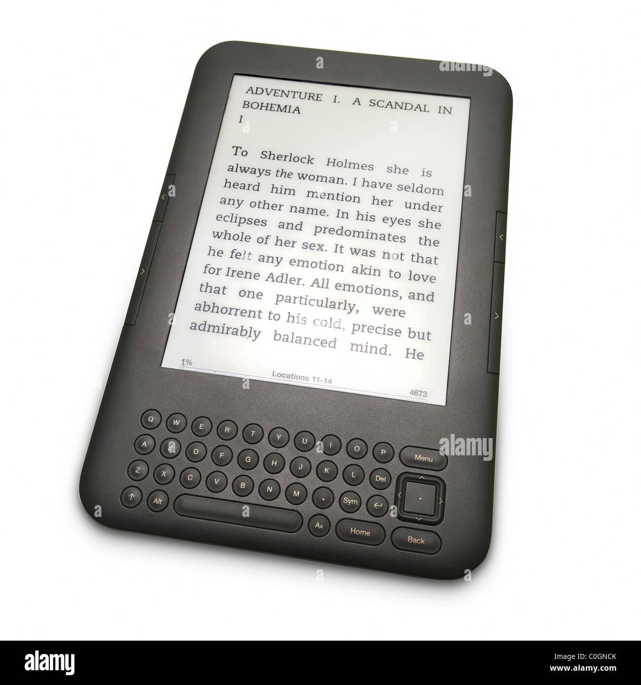 E-book dispositivo lector de libros electrónicos sobre fondo blanco. Imagen De Stock