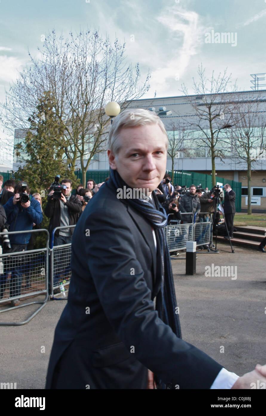 ' Wikileaks Julian Assange entregó 'resonando derrota' Imagen De Stock