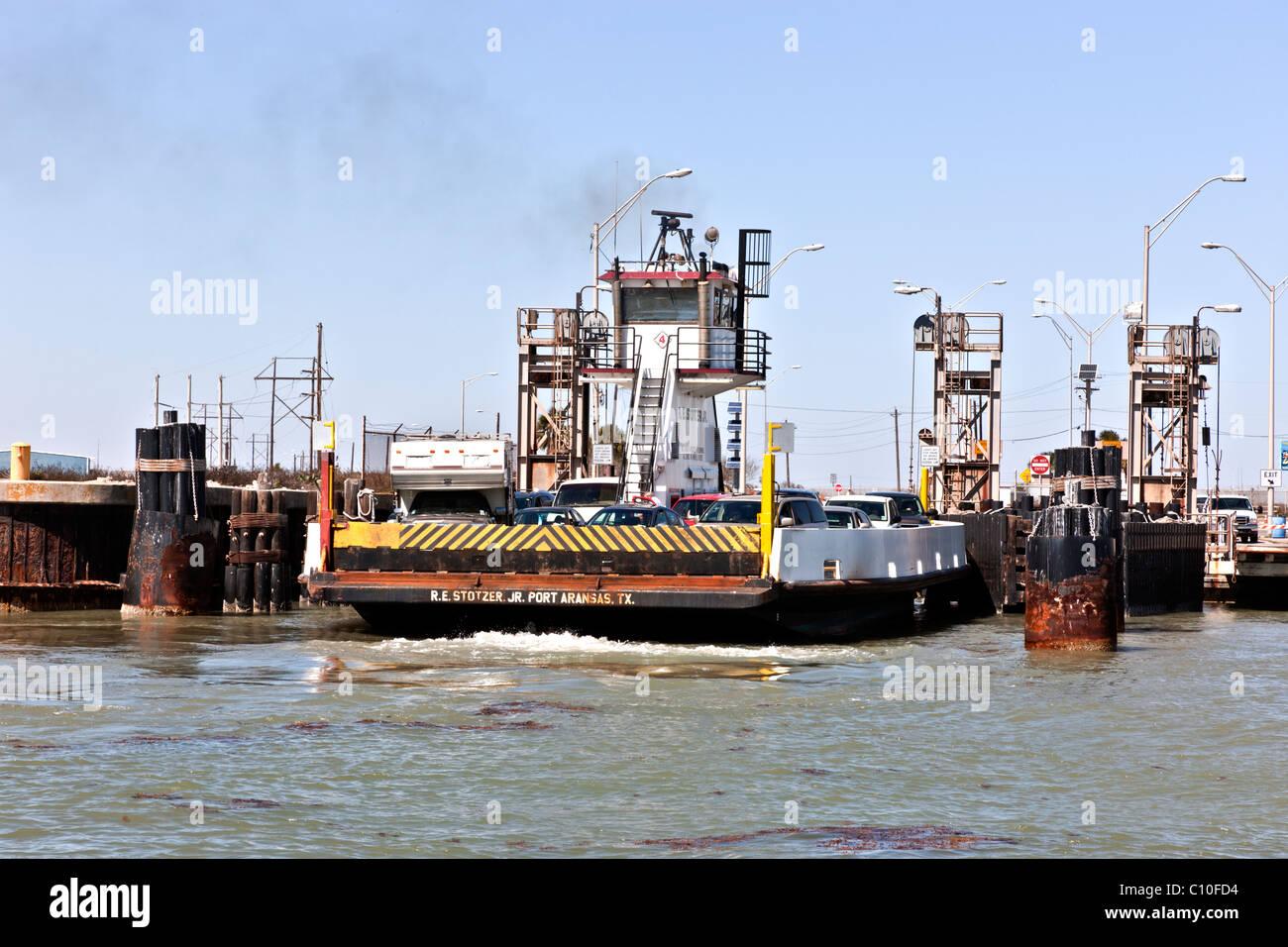 Partiendo de Ferry Port Aransas, TX Imagen De Stock