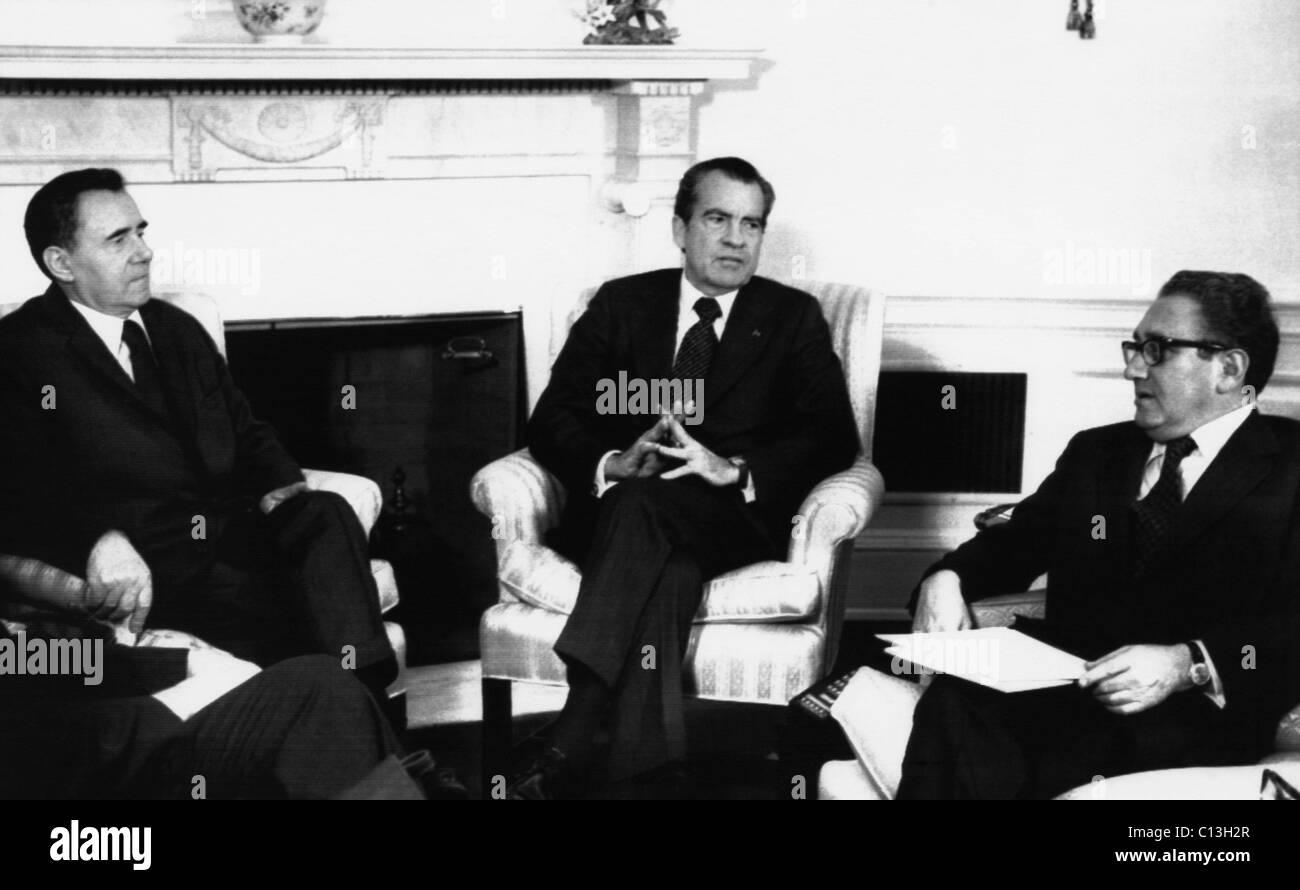 1974 la Presidencia estadounidense, la guerra fría. De izquierda a derecha: el Ministro de Relaciones Exteriores Imagen De Stock