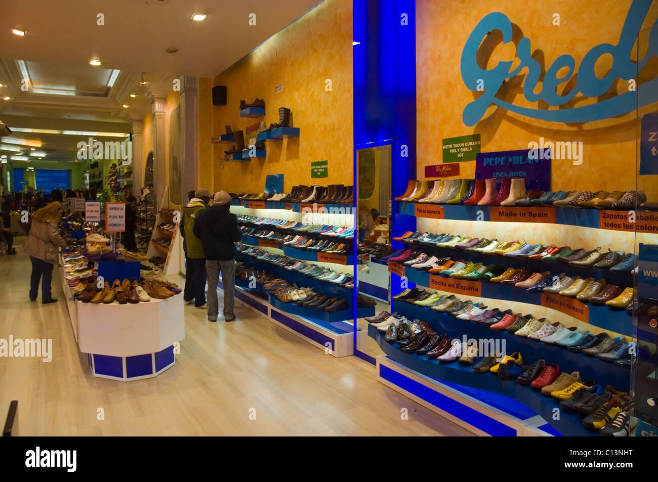 Tienda Madrid Zapatos Por La Calle Montera De España iukPwOXZT