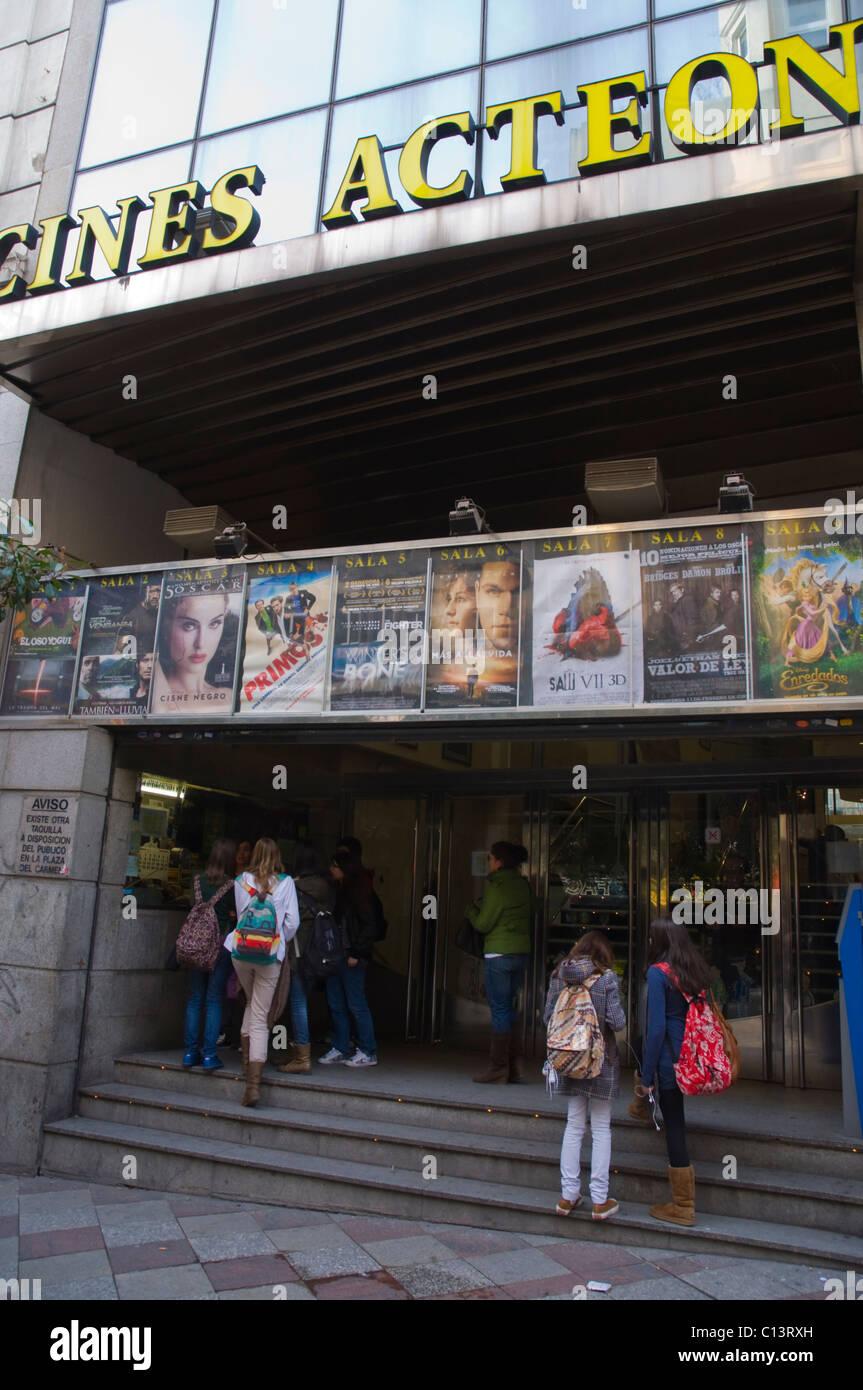 Cines Acteon exterior calle Calle de la Montera Madrid España Europa central 5f3bd582432