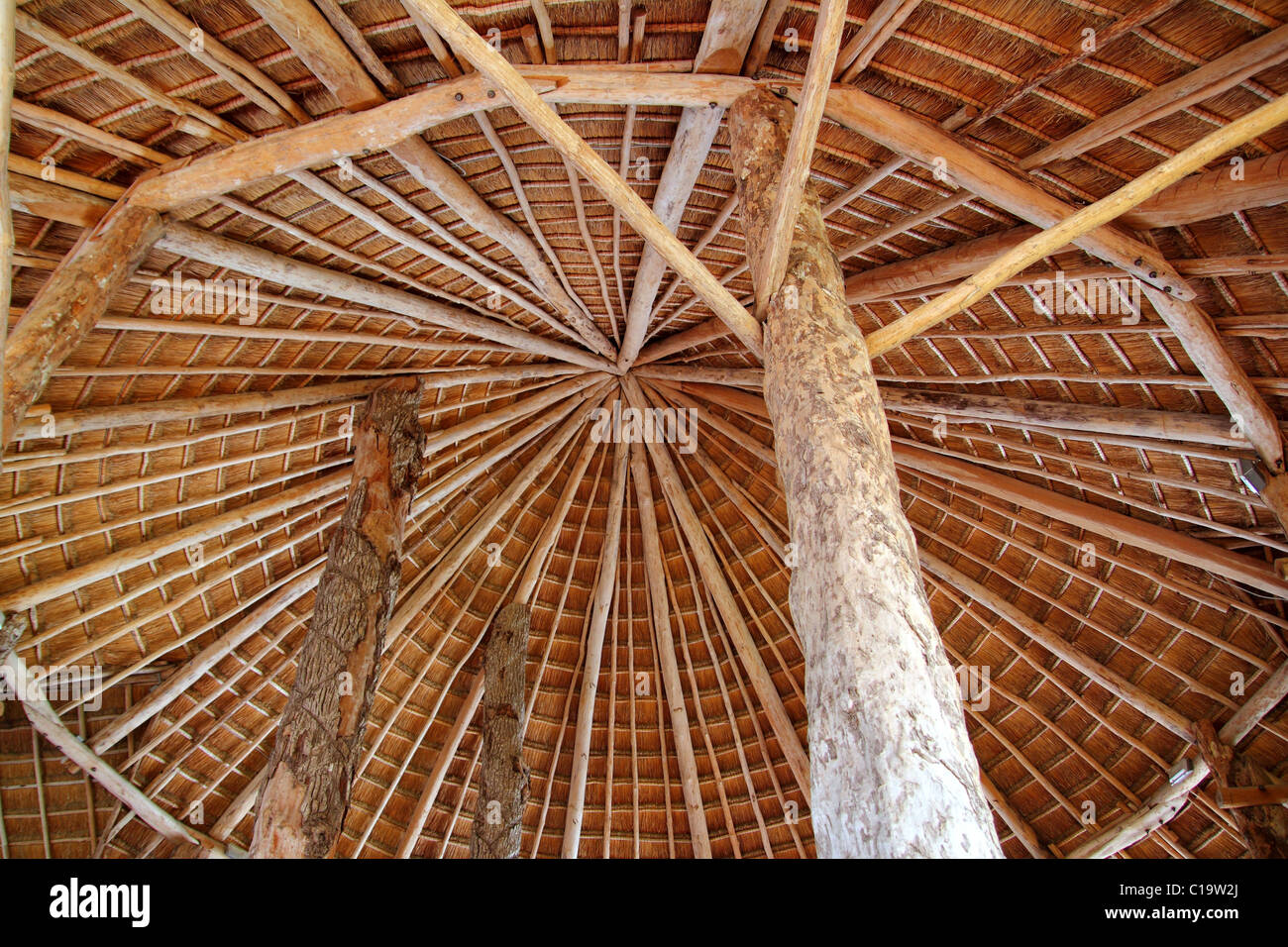 Cabaña cabaña tradicional palapa de techo solar desde arriba wiev arquitectura México Imagen De Stock