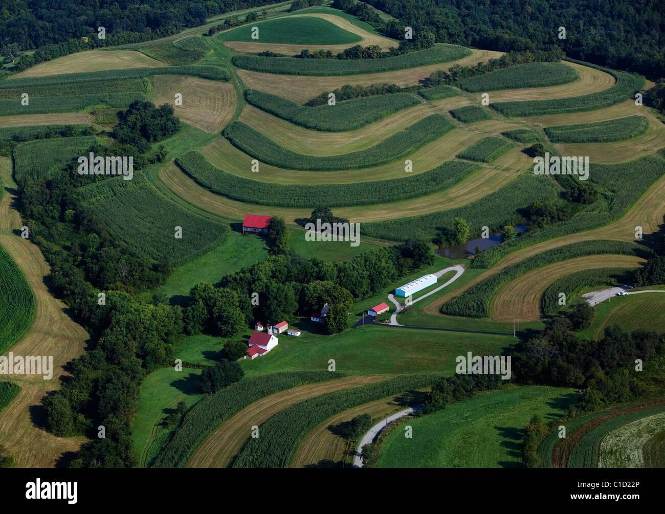 Vista aérea sobre agricultura de contorno Pennsylvania Imagen De Stock