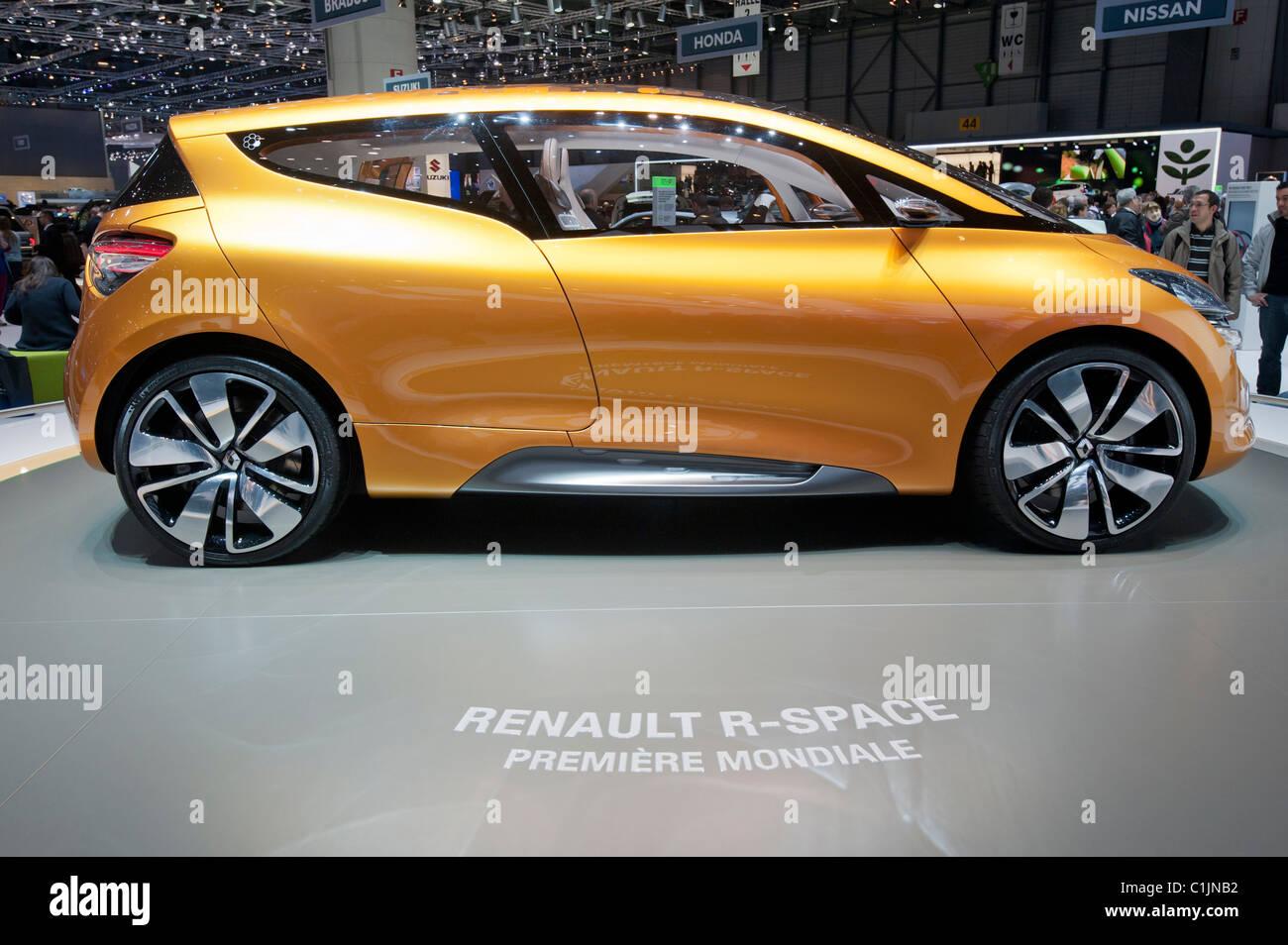 Renault R-Space concept en el Salón del Automóvil de Ginebra 2011 Suiza Imagen De Stock
