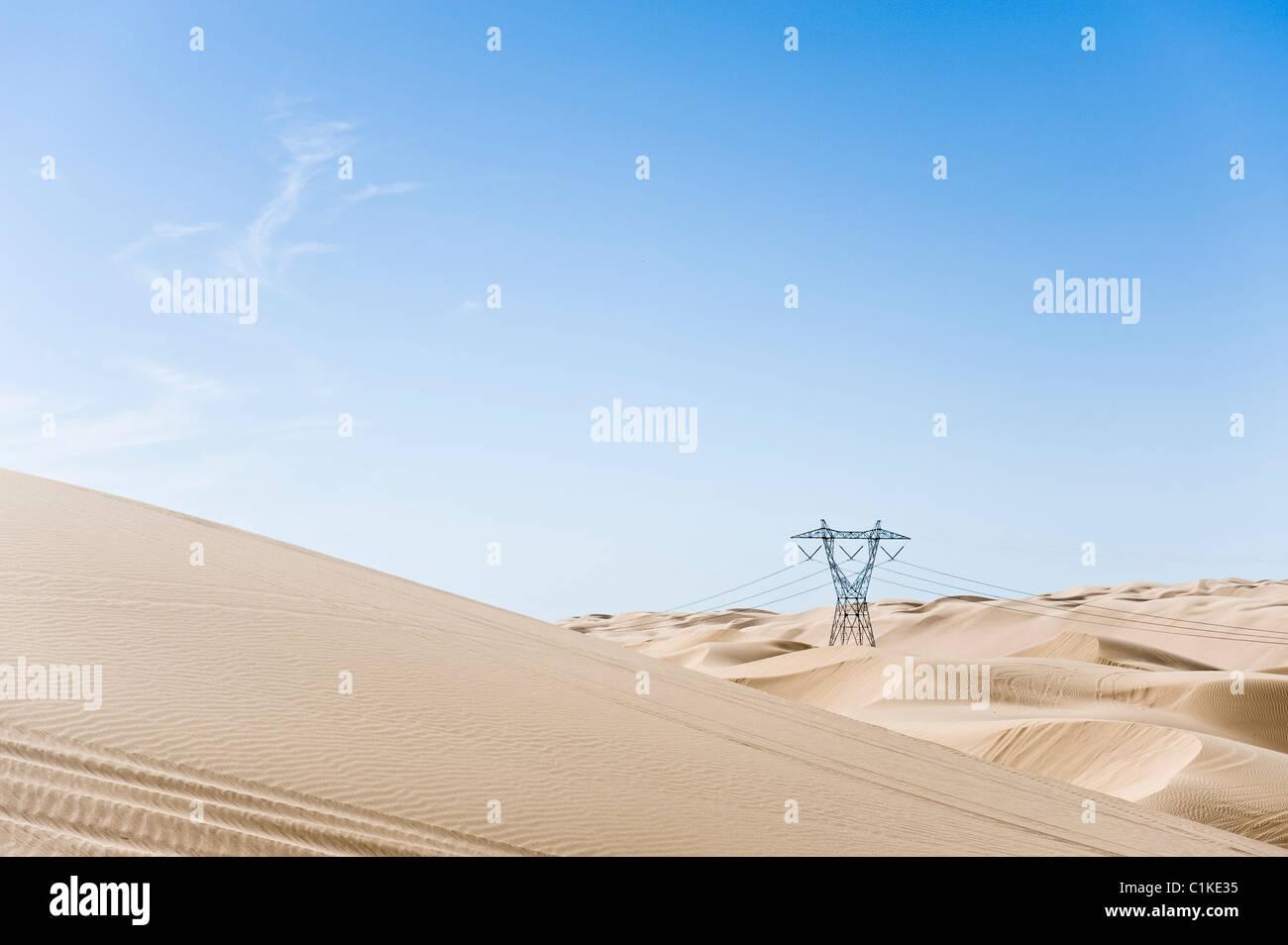 Torre hidráulica, dunas de arena Imperial Recreation Area, California, EE.UU. Foto de stock