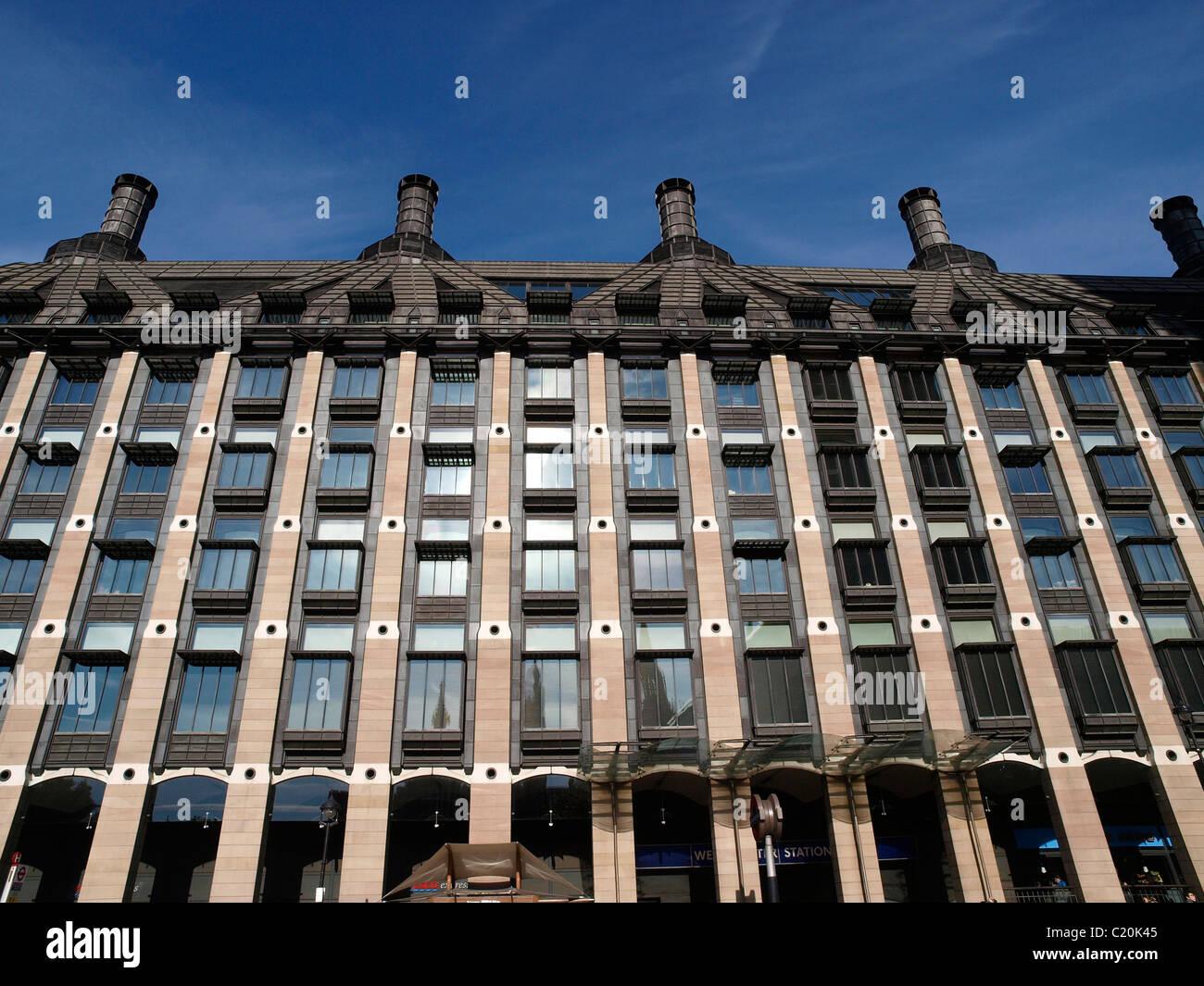 Portcullis House Westminster Londres England Reino Unido Foto de stock