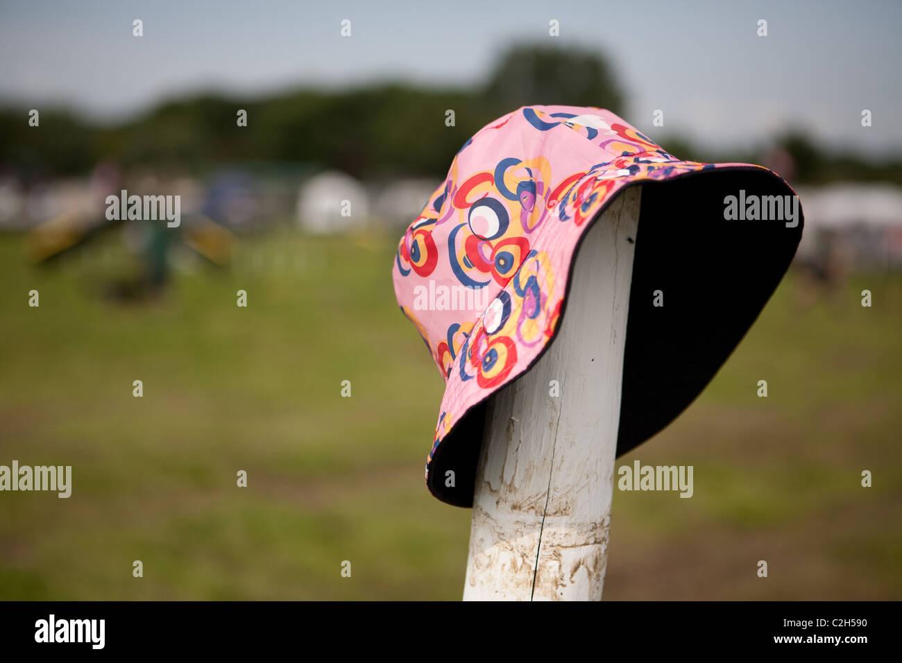 b8660f885bae3 Hippy Hat Imágenes De Stock   Hippy Hat Fotos De Stock - Alamy