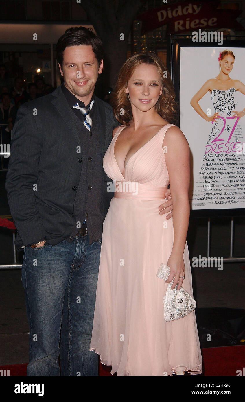 Jennifer Love Hewitt And Ross Mccall Imágenes De Stock & Jennifer ...