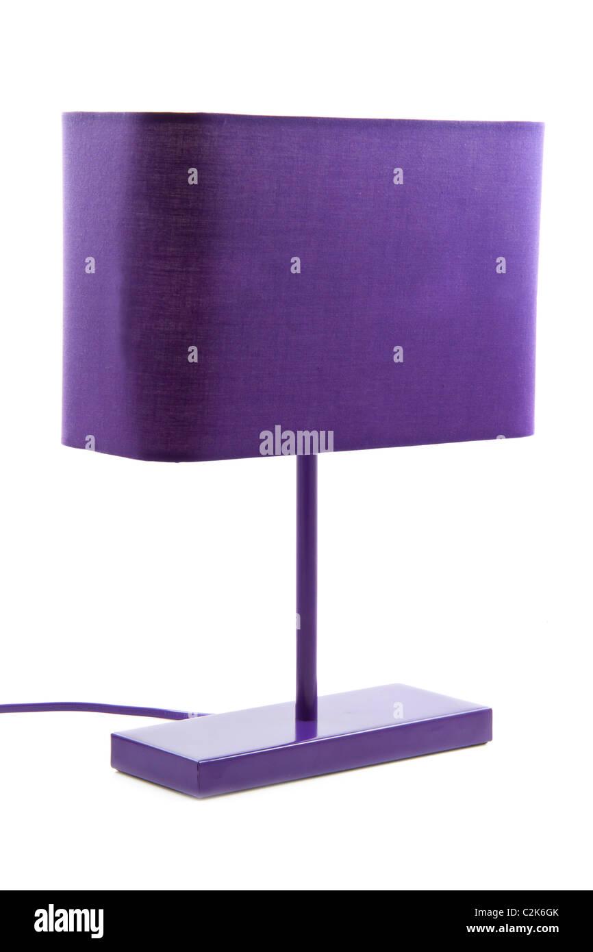 Luz púrpura moda aislado sobre un fondo blanco. Imagen De Stock