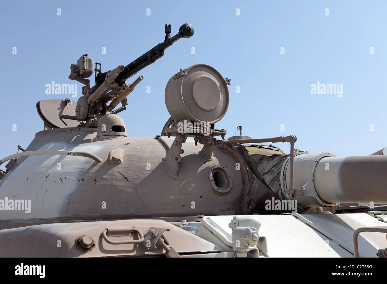 Batalla de tanques T-62 soviéticos y la torreta ametralladora. Arma avanzada implementado en todo el mundo. Capturado Foto de stock