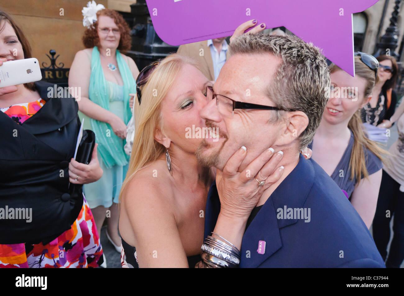 Comedy Wedding Imágenes De Stock & Comedy Wedding Fotos De Stock - Alamy