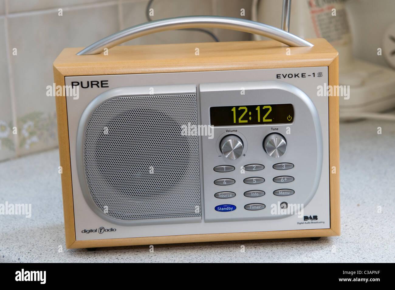 Radio De Cocina Fotos e Imágenes de stock - Alamy