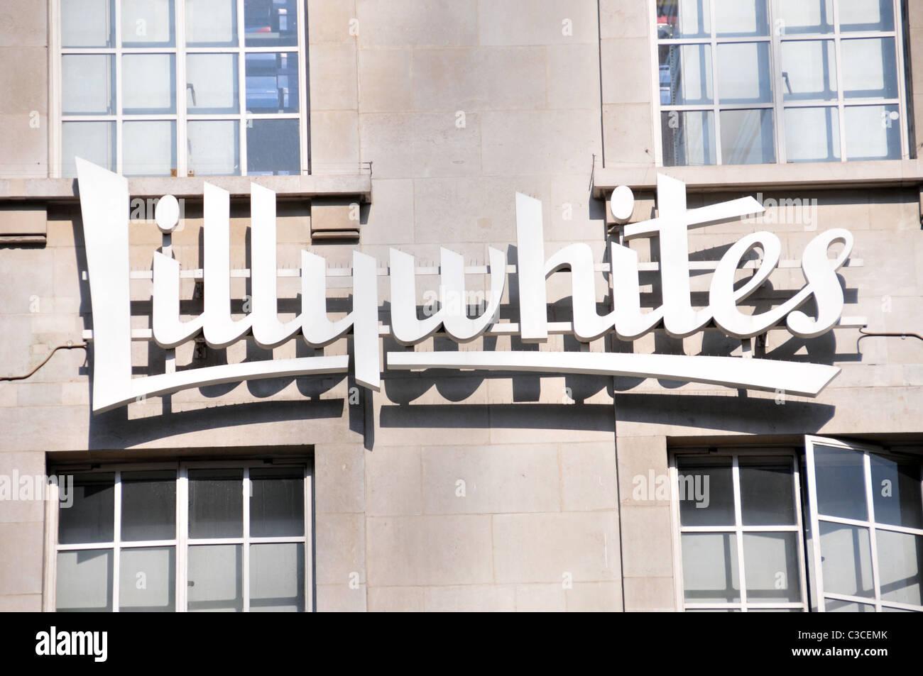 51508848e Logotipo de tienda Lillywhites Piccadilly Circus London marca fuente script