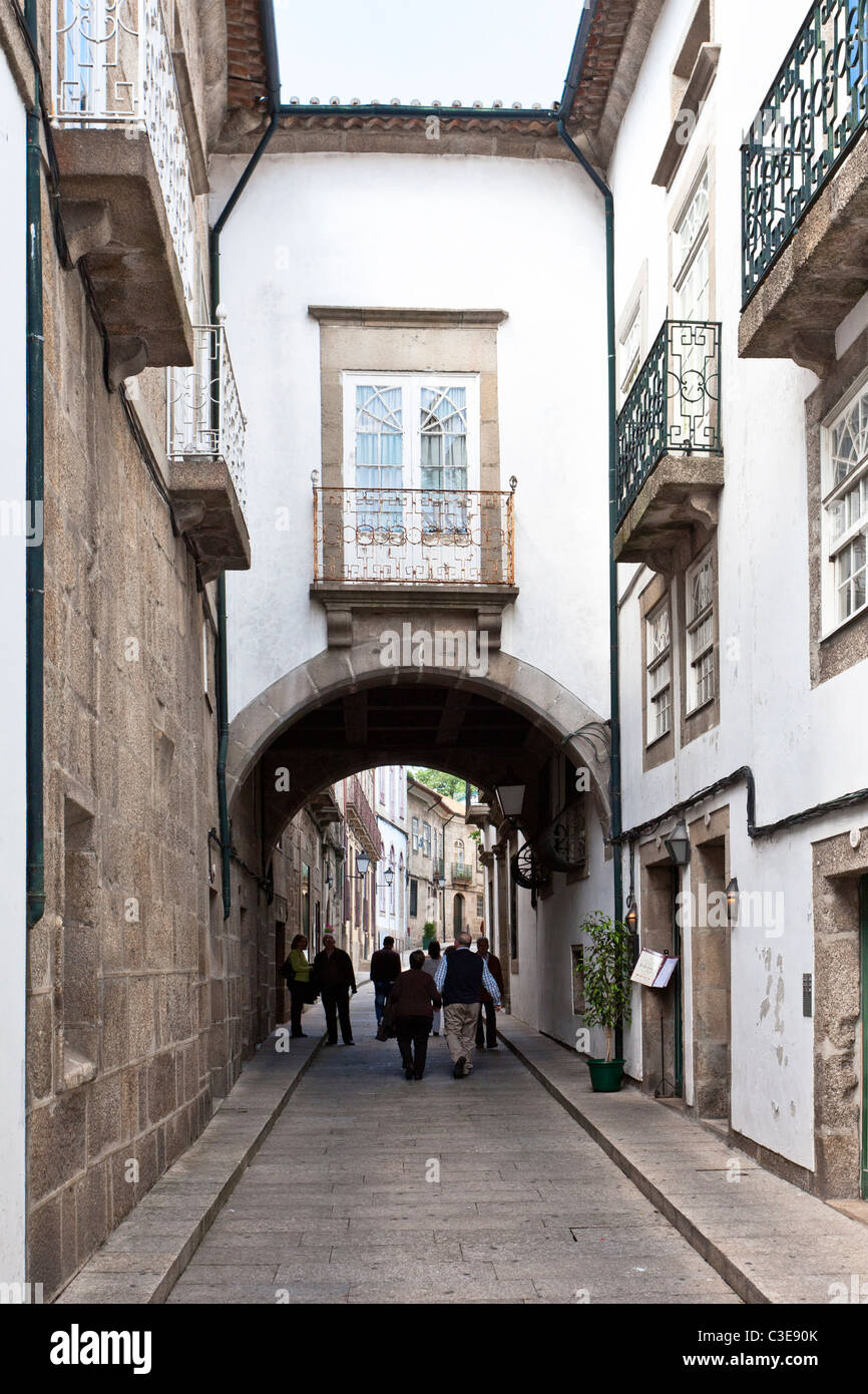 La calle Santa Maria en el centro histórico de Guimaraes c7f1485052235