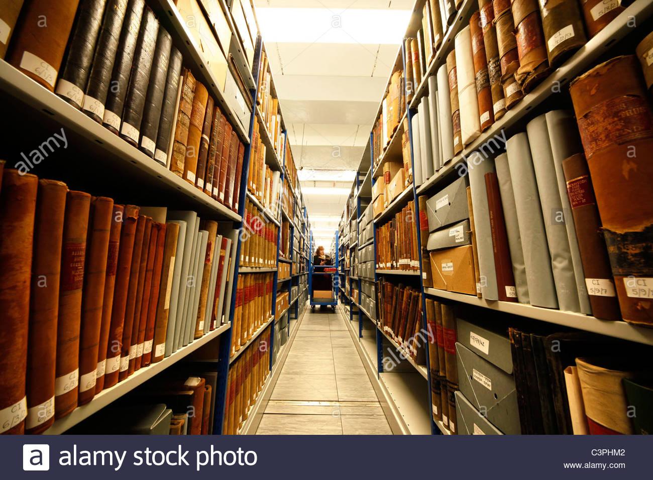 El área de almacenamiento en el centro de registro y archivo de tierras altas, Inverness, Highland. Imagen De Stock