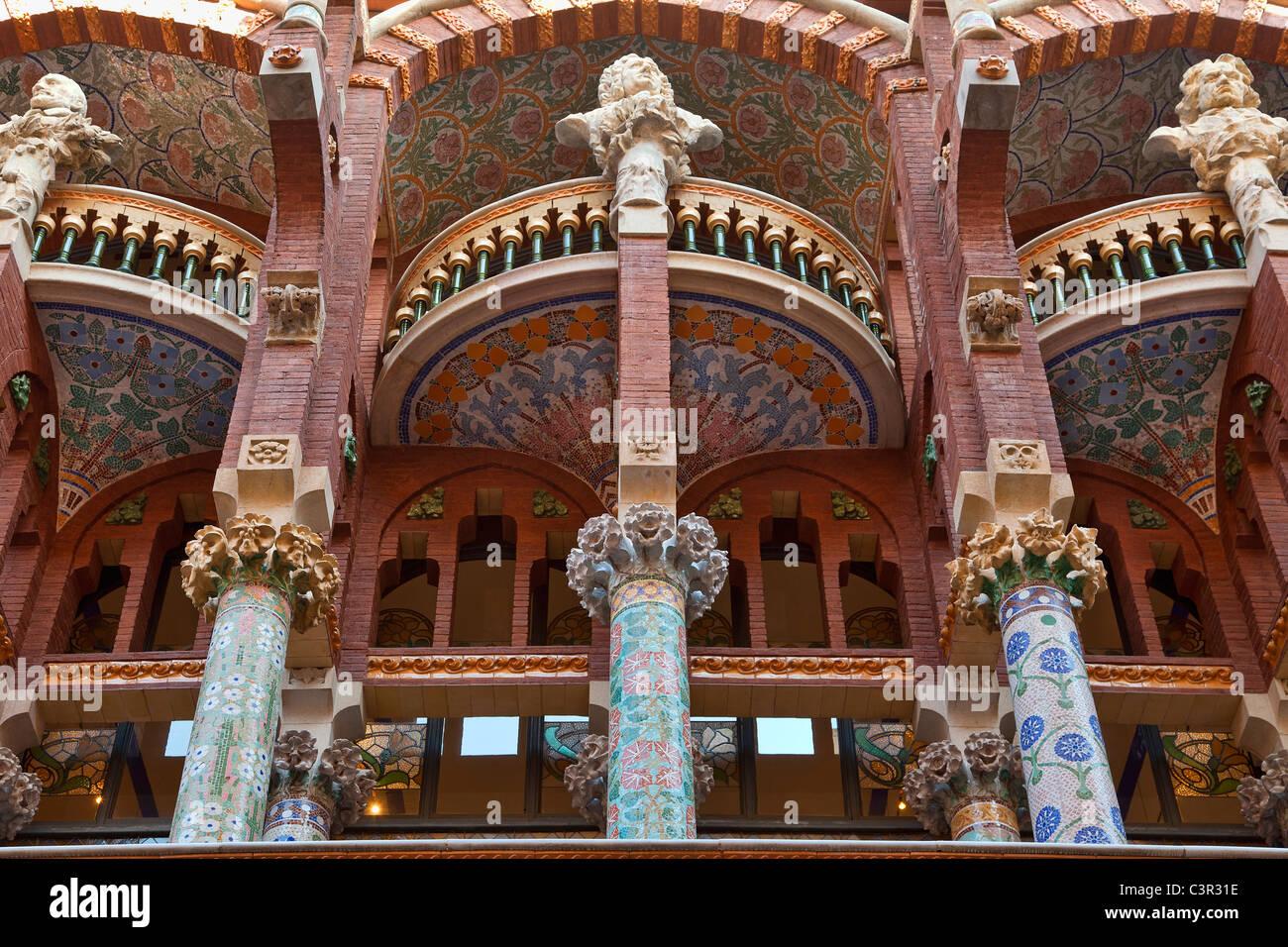 Barcelona, escultura arquitectónica decorando Palau de la música Imagen De Stock