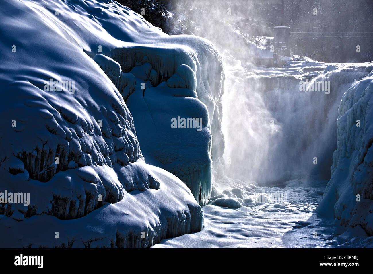 Letchworth State Park Castilla Superior de Nueva York, EE.UU. cae en invierno Imagen De Stock