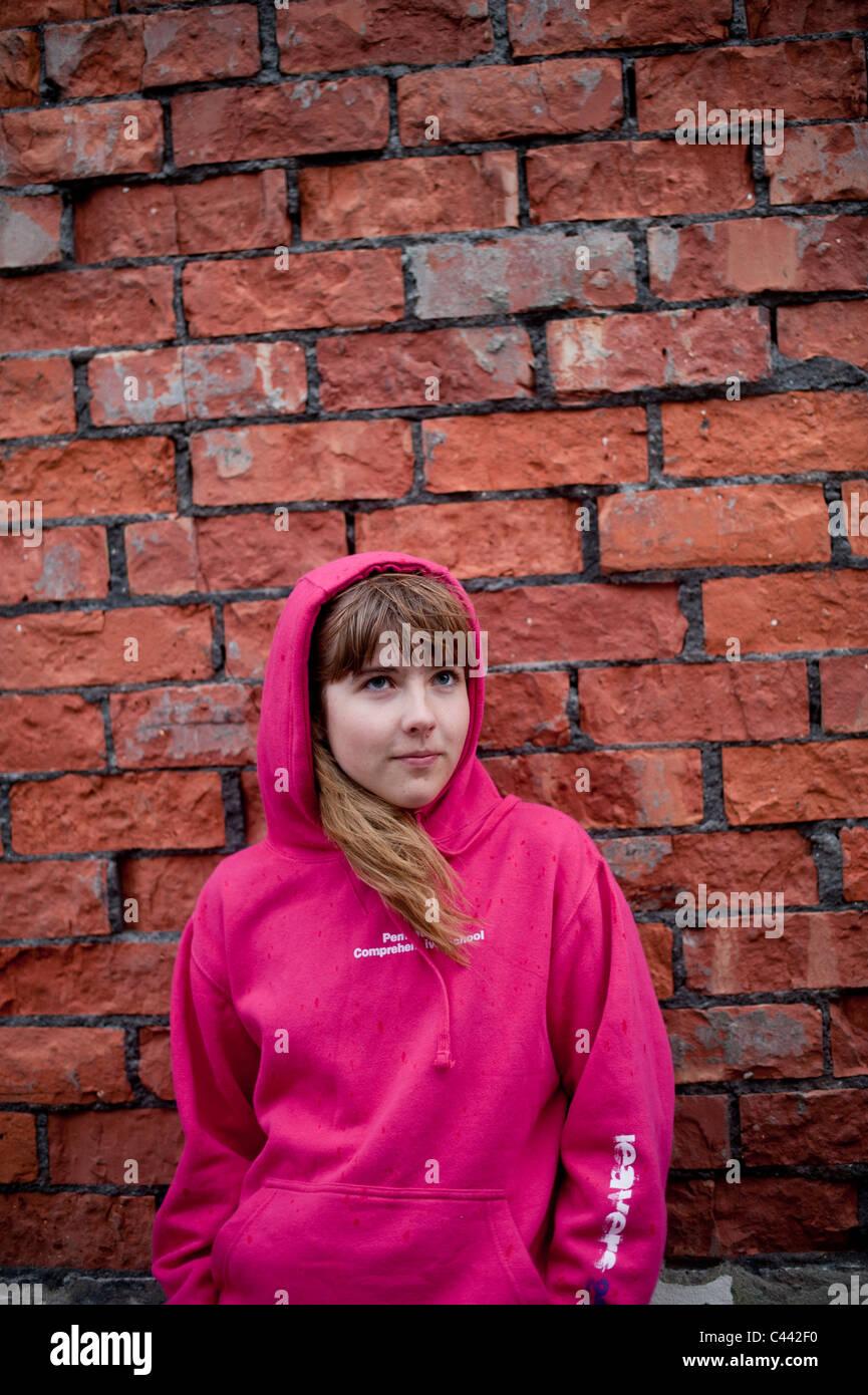 Girl Wearing A Hoodie Imágenes De Stock & Girl Wearing A Hoodie ...