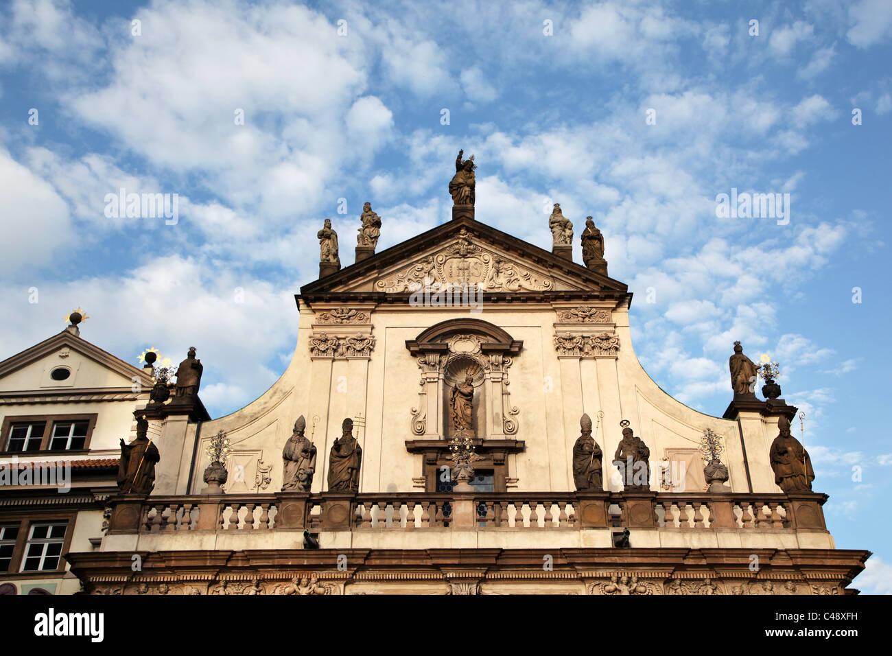 La iglesia del Santísimo Salvador, Praga, República Checa. Imagen De Stock