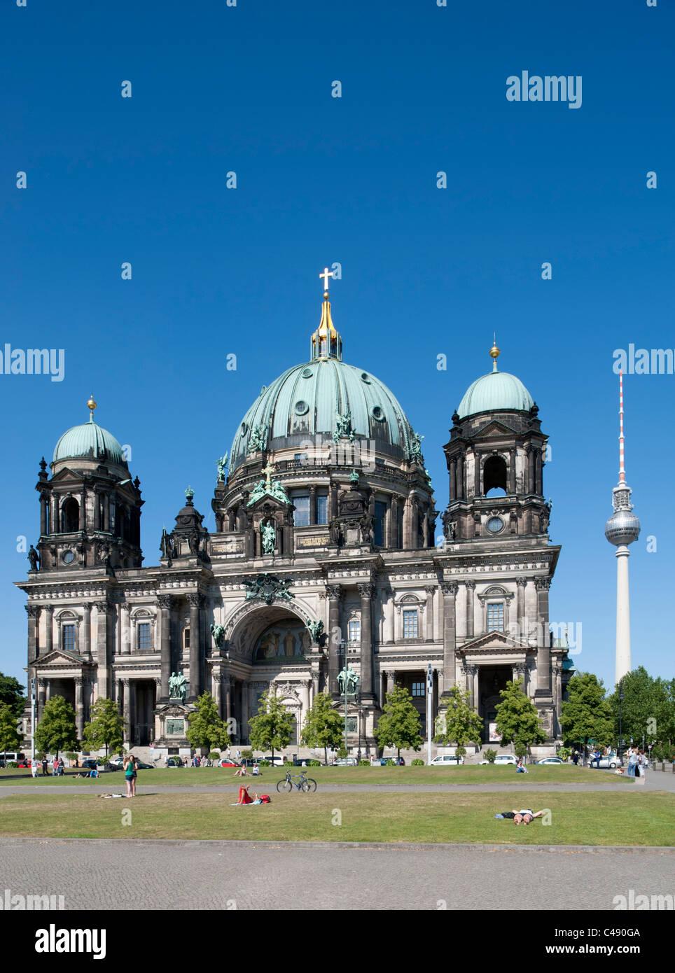 La Catedral de Berlín o Dom en el distrito Mitte de Berlín, Alemania Imagen De Stock