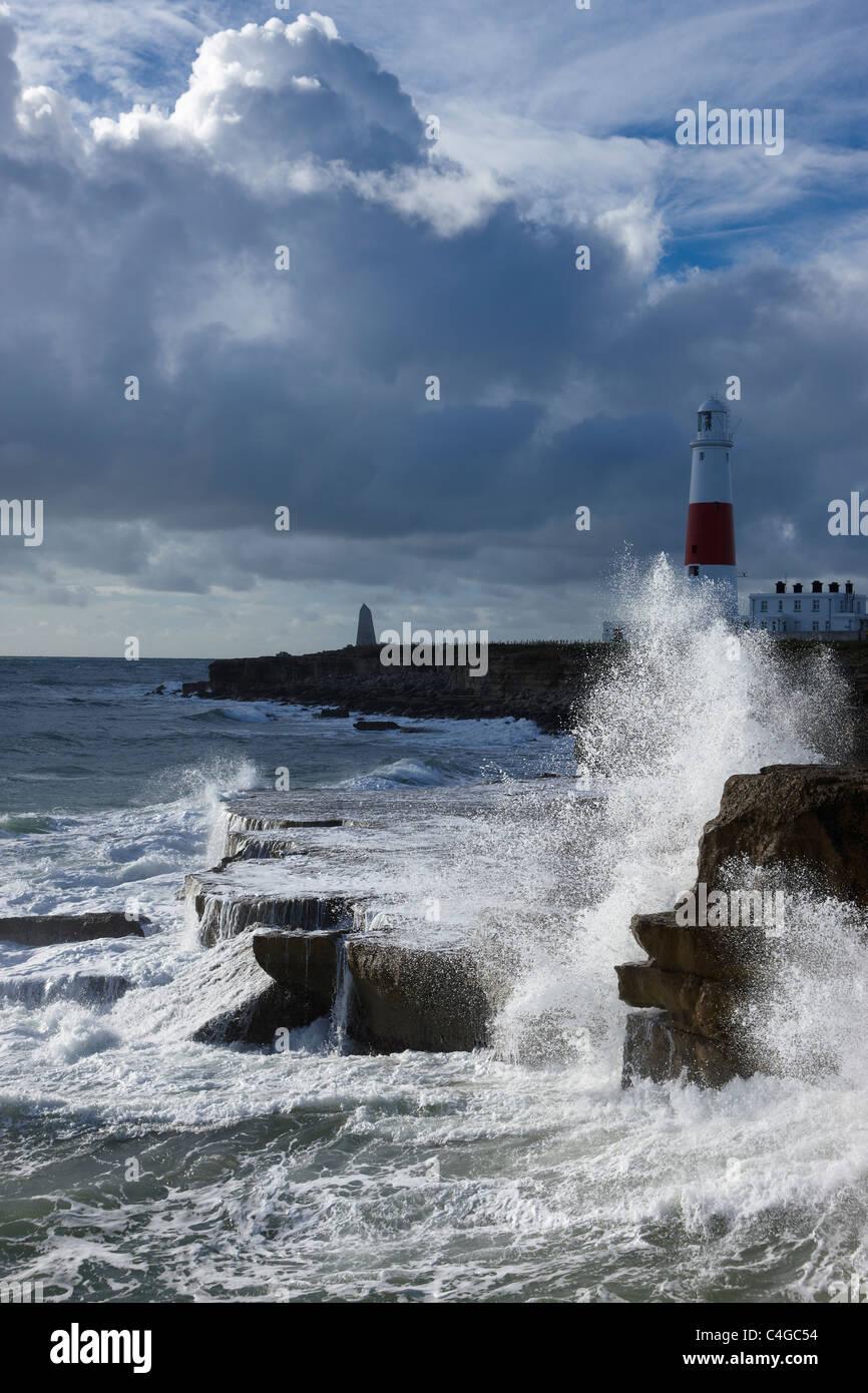 Mares tormentosos en Portland Bill, Dorset, Inglaterra Foto de stock