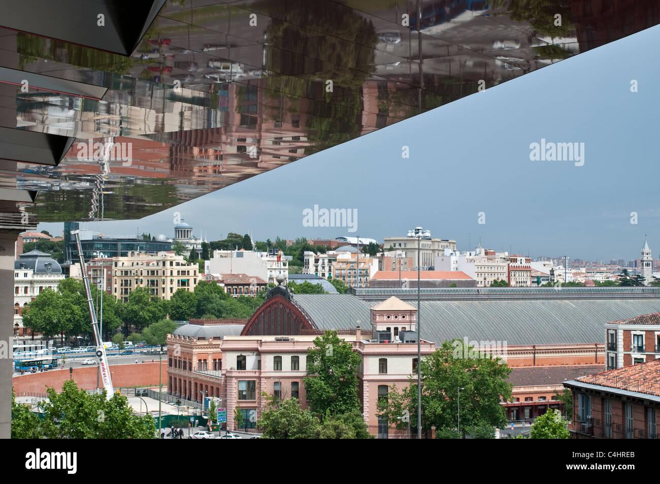 Vista De La Estación De Tren De Atocha Desde La Terraza Del