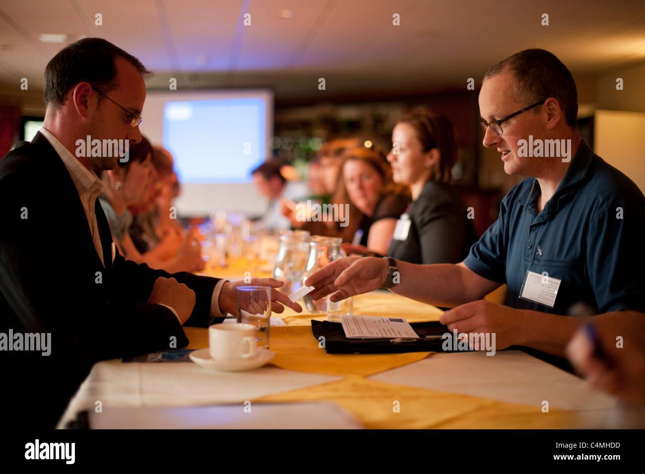 Is speed dating a good business