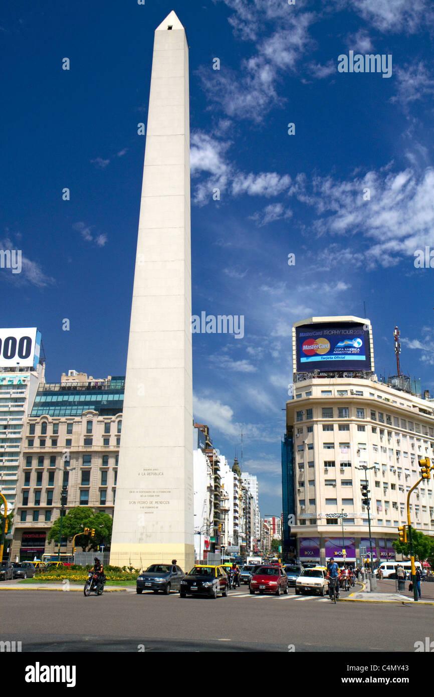 El obelisco de Buenos Aires, Argentina. Imagen De Stock