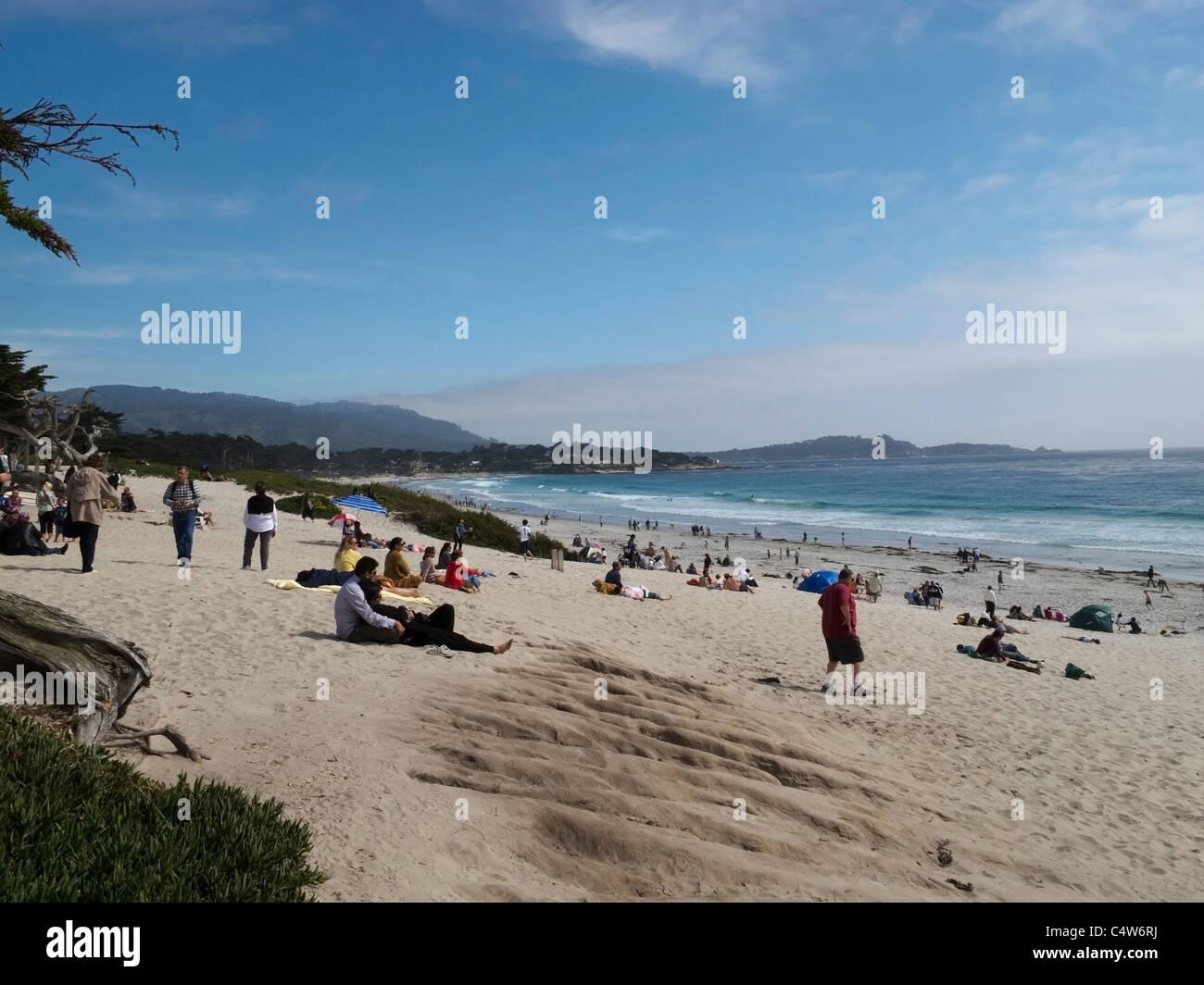 La playa de Carmel-por--Mar, California, EE.UU. Foto de stock