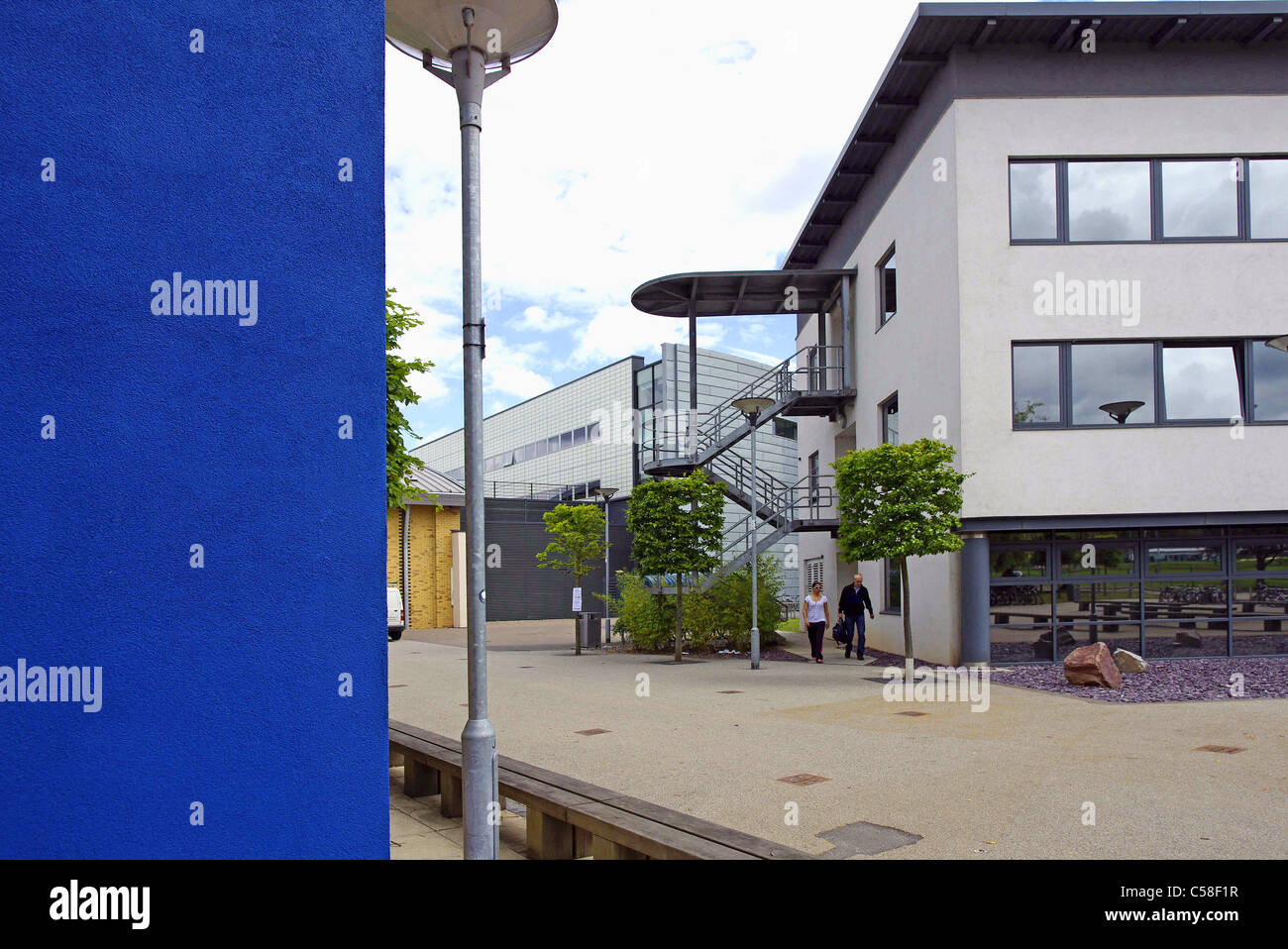 Edificios modernos de la Universidad de Loughborough hacia el Clyde Williams edificio. Leicestershire Imagen De Stock